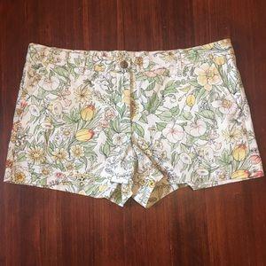 Khakis by Gap Summer Shorts Floral Print Size 14R